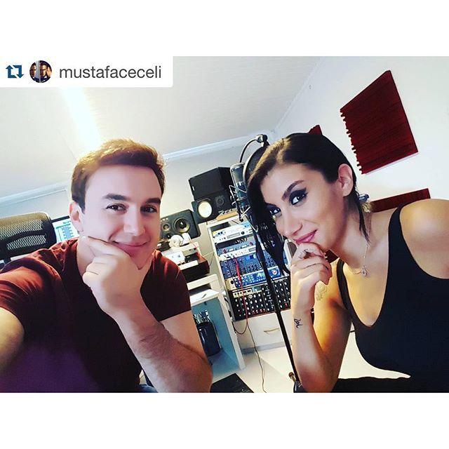 Mustafa Ceceli Amp Irem Derici Kiymetlim Youtube World Music Music Mix Youtube