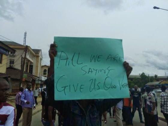 River State Resident Protest yesterday Election |Photos | horshaw's Blog