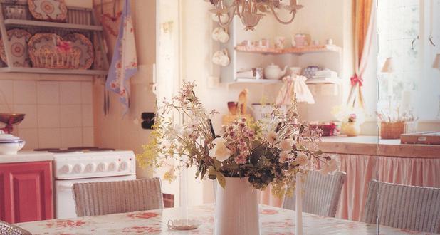 Cucina romantica ecco tante idee casa italiana by mamme a spillo - Idee serata romantica a casa ...
