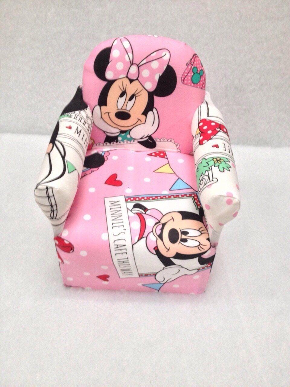 Süsser Kindersessel mit Minnie Mouse Motiv. Der rosa Sessel ist ...