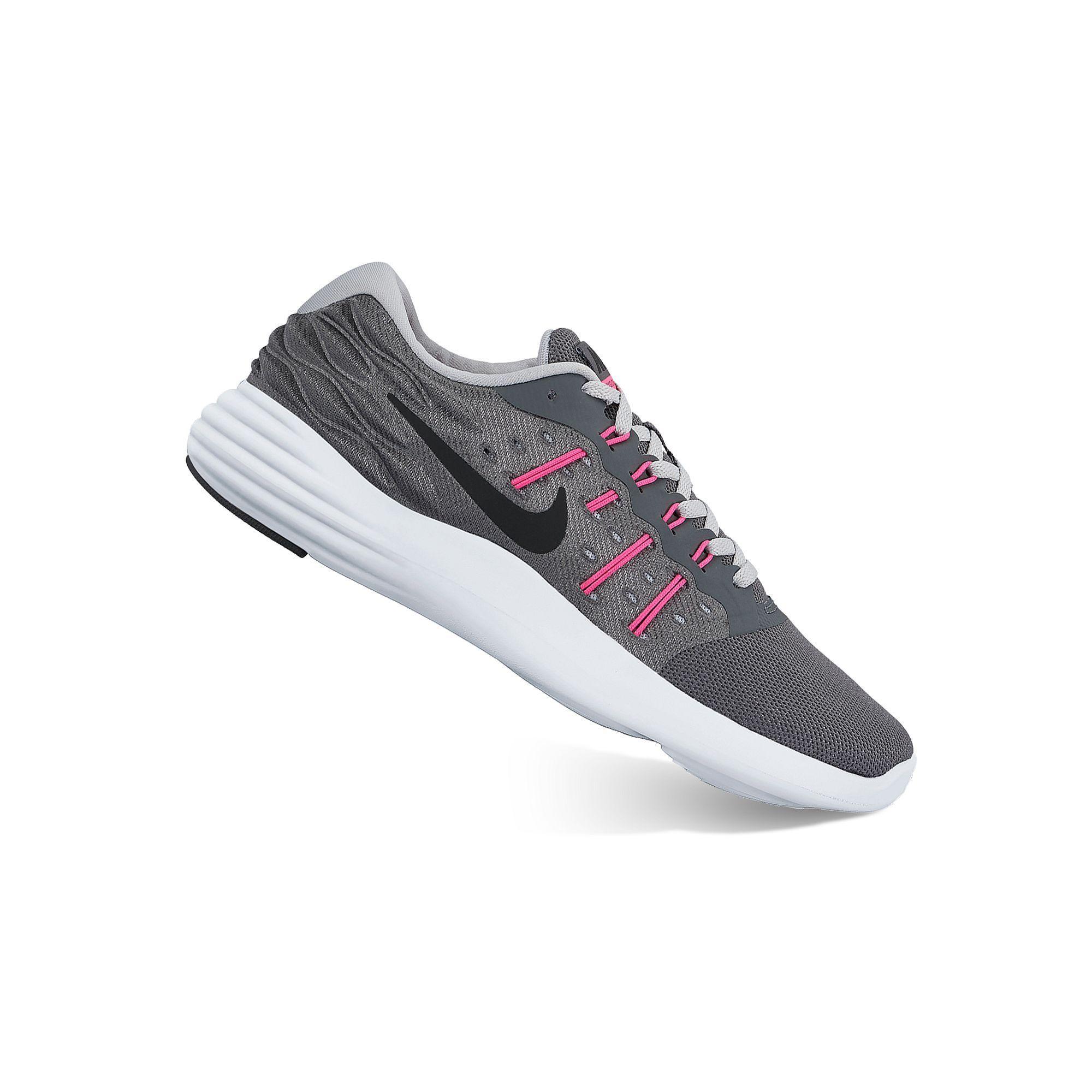 Nike Chaussures De Course Pour Femmes En Noir Et Blanc Richelieus