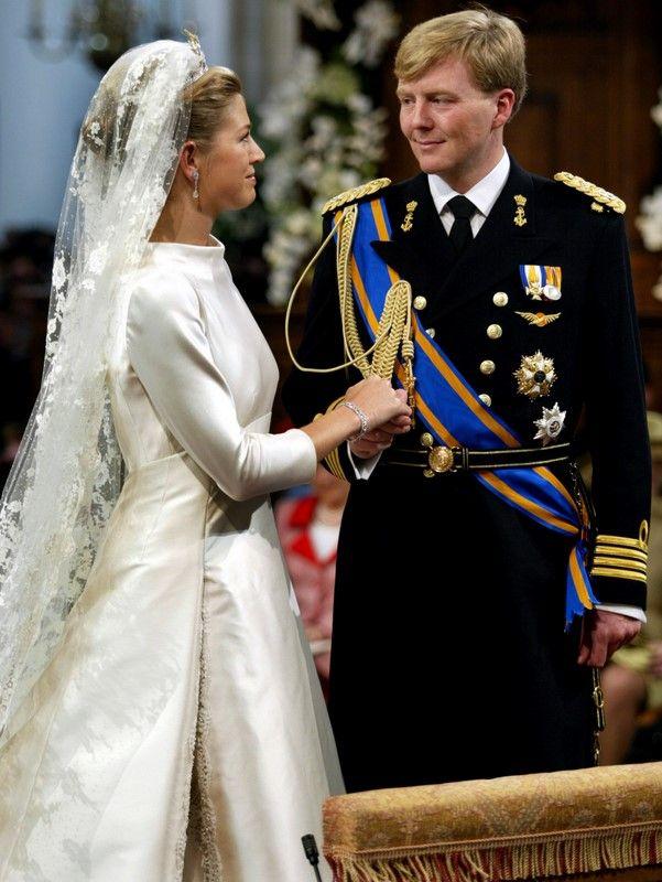 Maxima Of The Netherlands 2 2 02 Royal Brides Royal Wedding Dress Royal Wedding Gowns