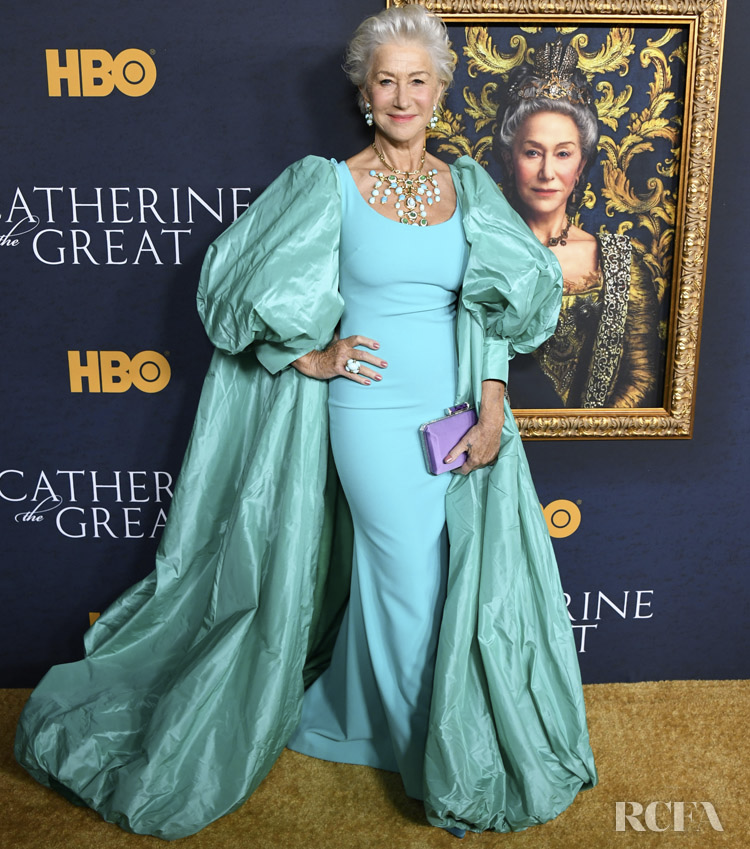 Helen Mirren Catherine The Great Premiere Google Search Nice Dresses Red Carpet Fashion Fashion