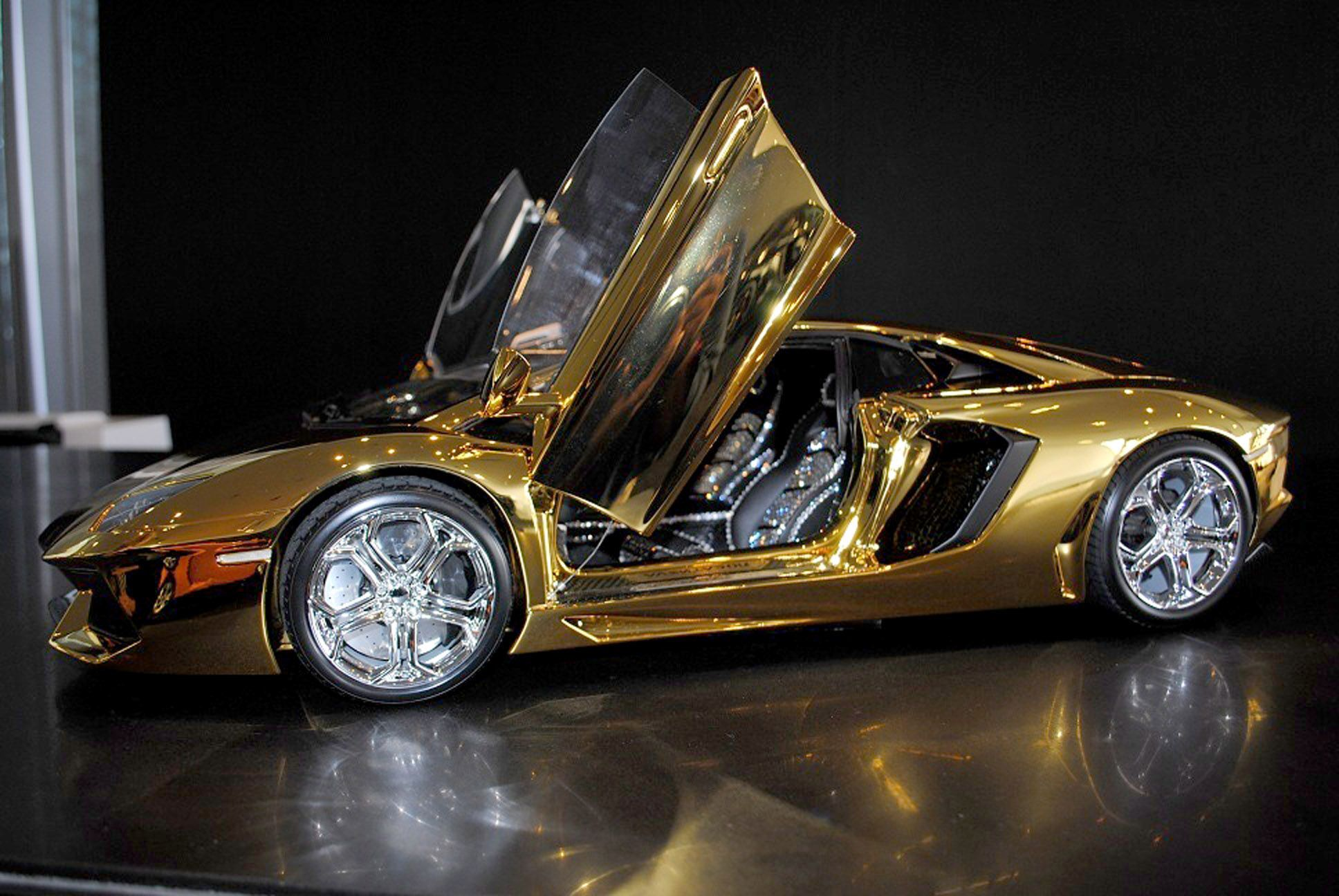 A Solid Gold Lamborghini And 6 Other Supercars Super Cars Gold Lamborghini Expensive Cars