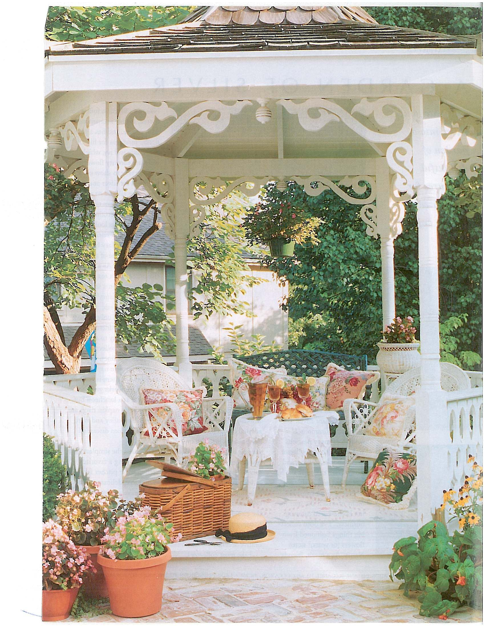 Beautiful Gazebo | Sun Room/Patio | Design Jardin, Gloriette, Joli ...
