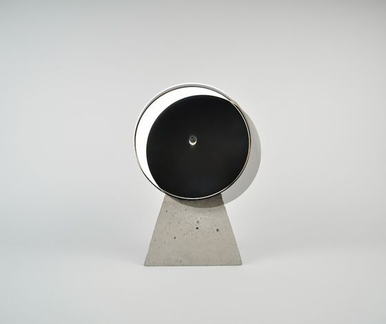 OS&'Syzygy: Eclipse' table lamp by Oskar Peet and Sophie Mensen for OS ∆ OOS Dailytonic