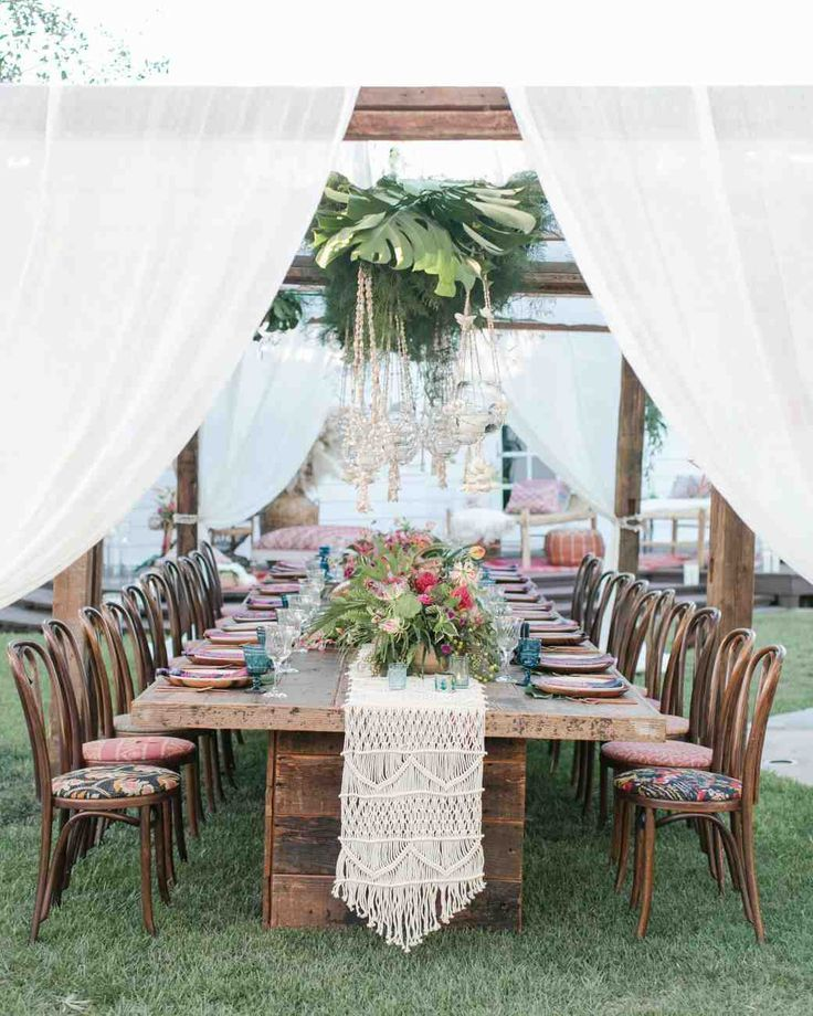 Small Dinner Tent | Martha Stewart Weddings - For their intimate vow renewal this couple & Small Dinner Tent | Martha Stewart Weddings - For their intimate ...