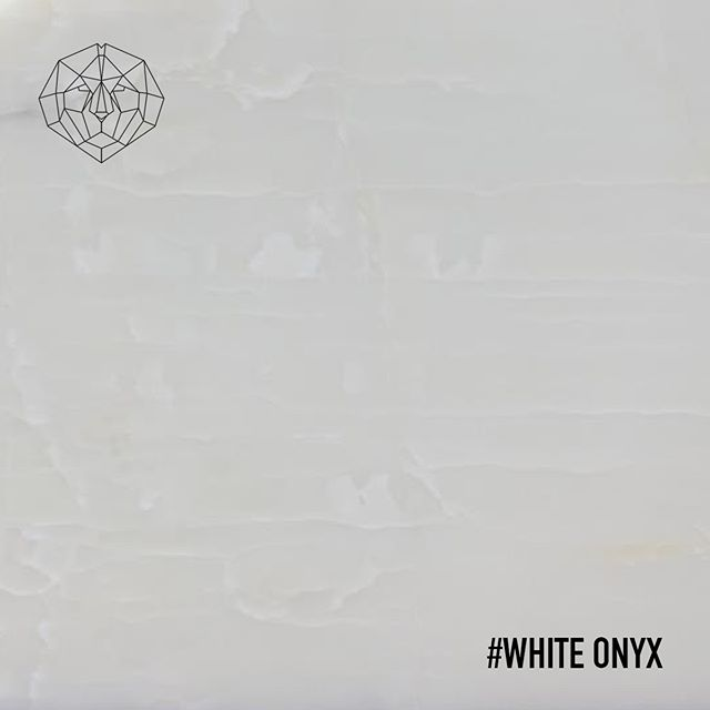 The White Onyx S Absolute Clearness Is Proof Of Elegance And Pureness Its Uniform Structure Makes It A Perfect Fit For Exc