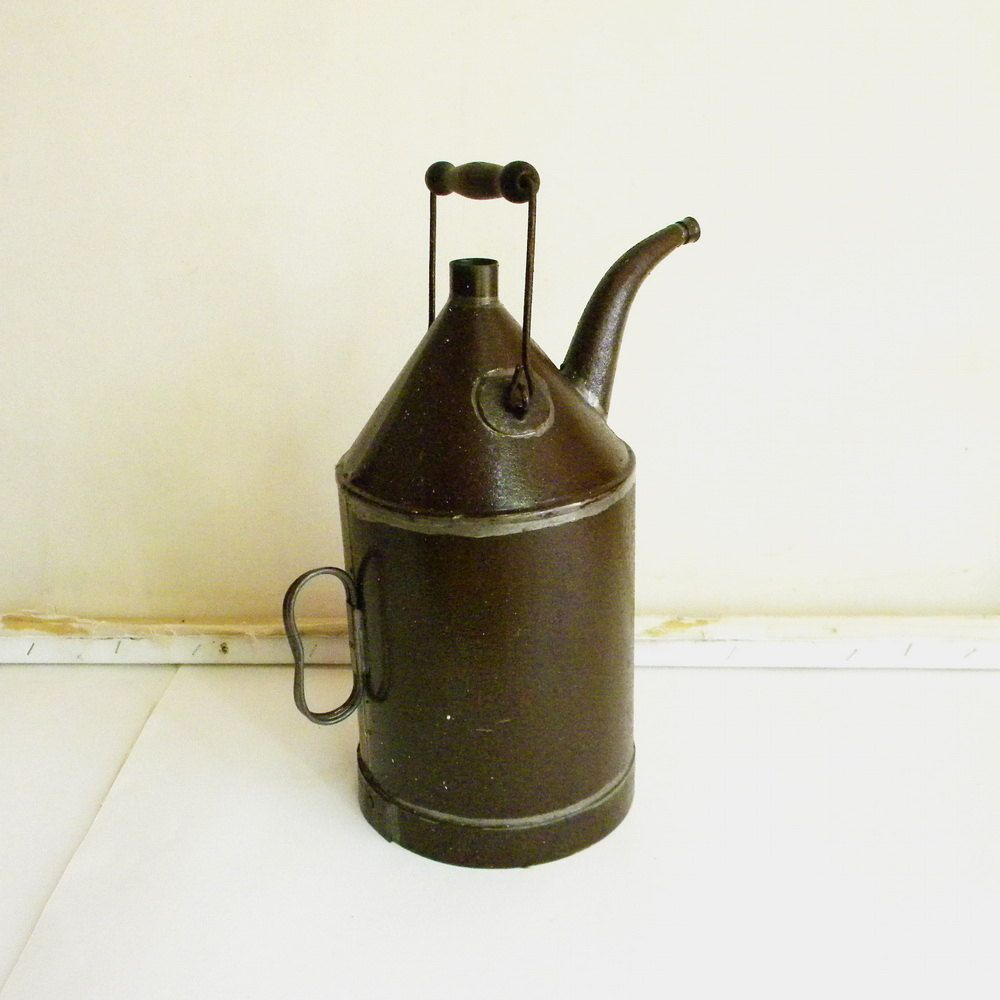 SALE Primitive oil can vintage French country decor  $34 00