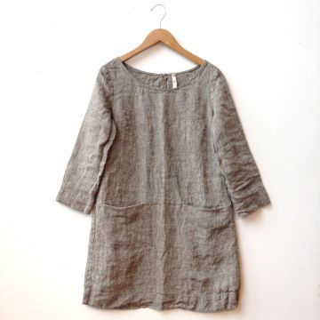 2d585a3c246 100% linen tunic with two hidden front pockets. Made in Rockland ...