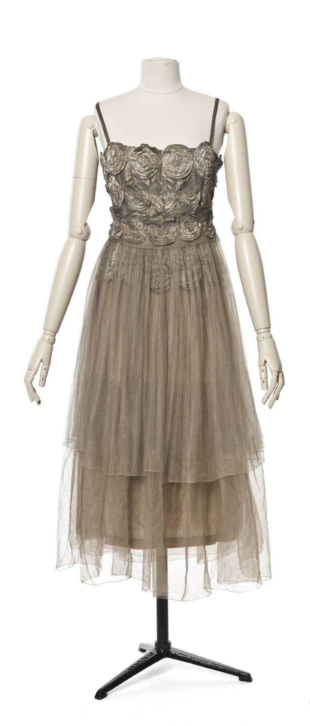 Evening dress by madeleine vionnet les arts décoratifs