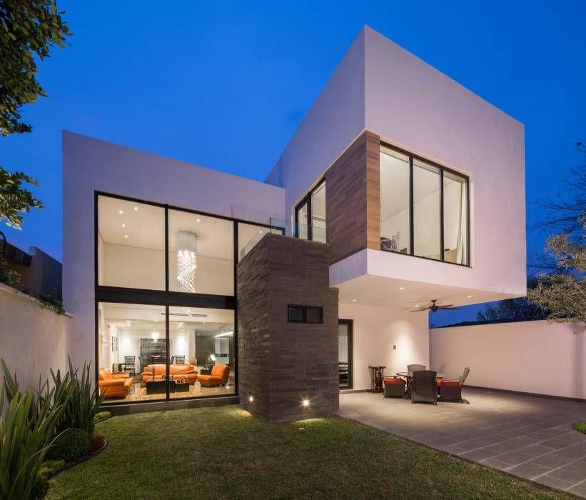 Fachada posterior Casas de estilo Minimalista por URBN Fachadas
