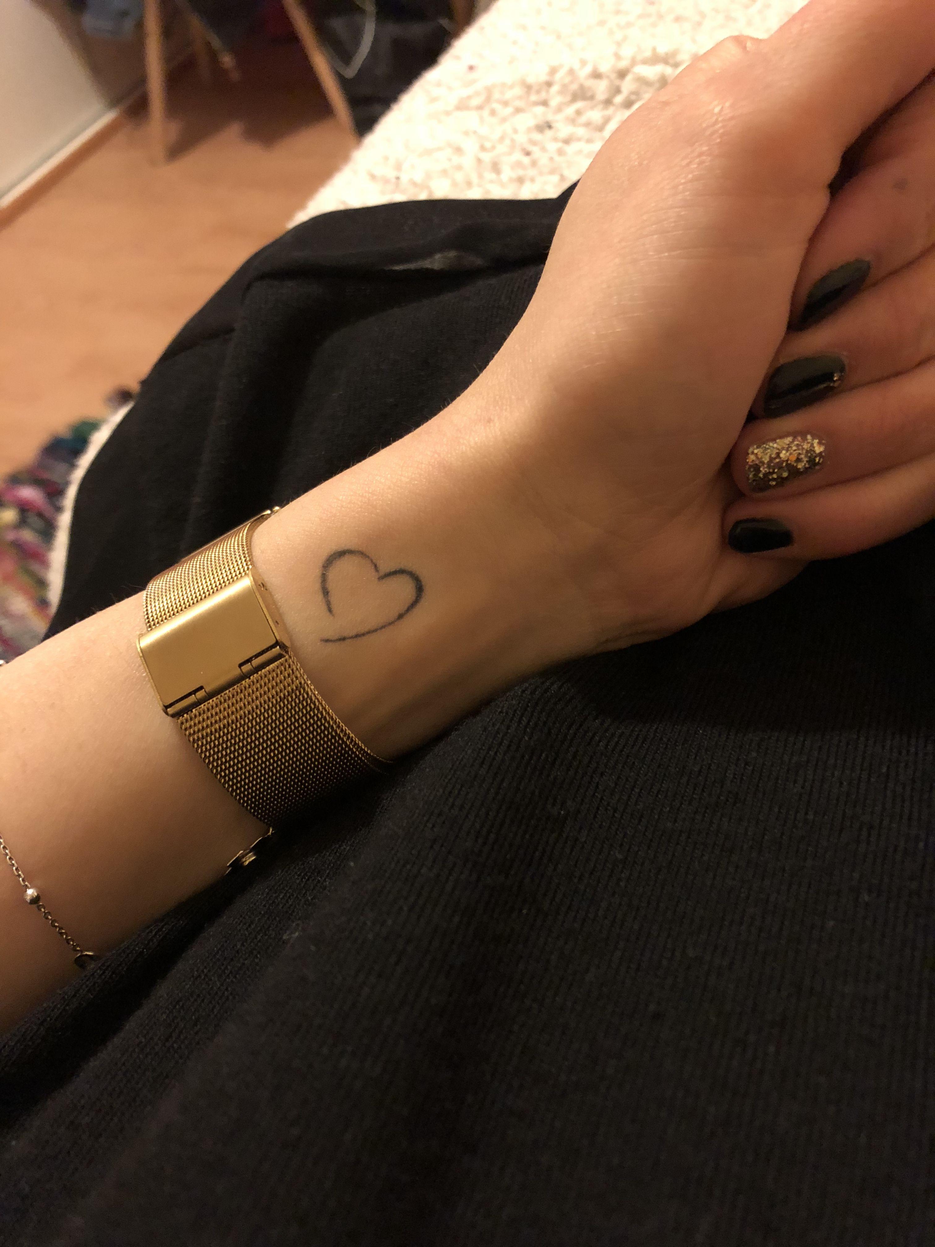 Corazones De Tatuajes Pequenos