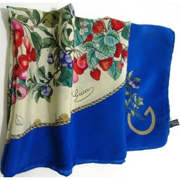 fe2458f36f1a gucci,accessoire,foulard en soie,carré en soie,V.Accornero, silk ...