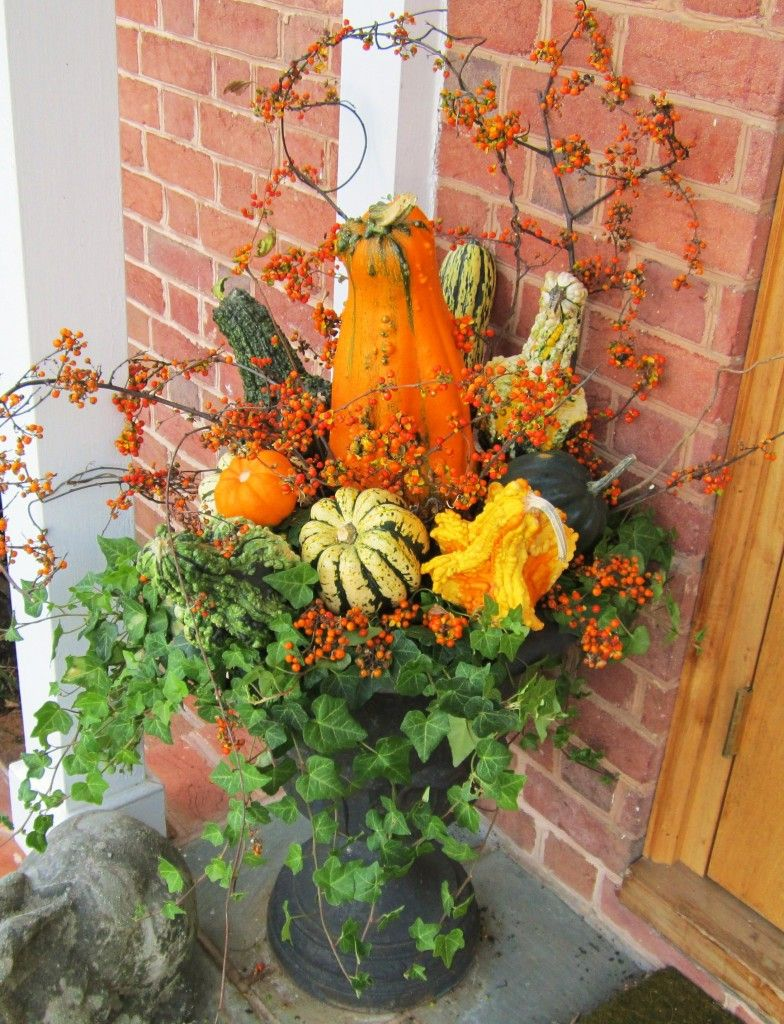 Halloween Urn Decorations Prepossessing Halloween Fall Porch Arrangement In Black Urn  My Favorite Inspiration