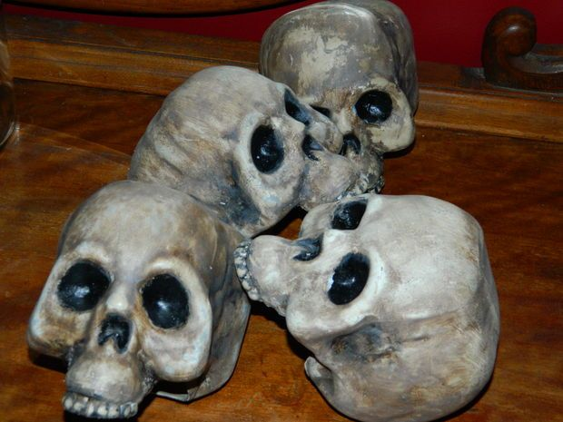 Transform Cheap Dollar Store Plastic Skulls Into High Quality
