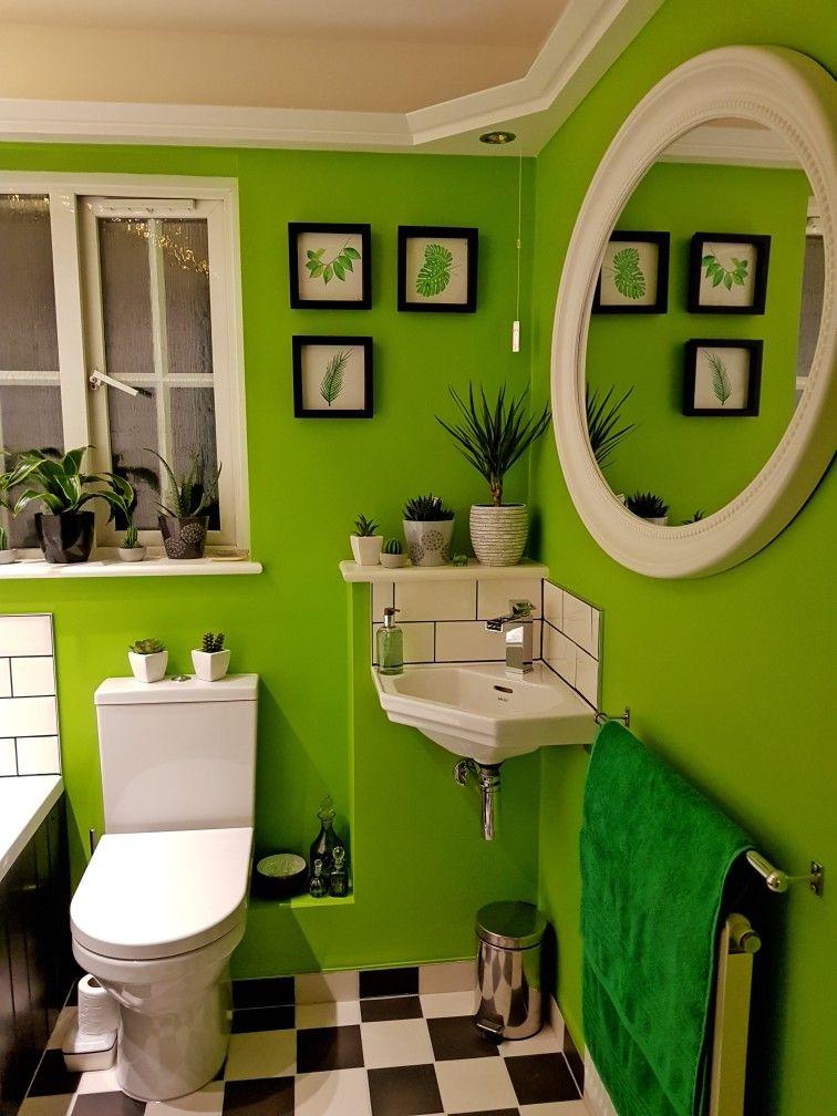 Leafy Green Theme Bathroom Lime Green Bathrooms Green Bathroom Decor Green Bathroom