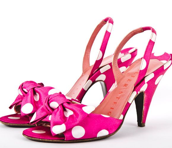 Walter Steiger >> What fun! Who does not love a pair of pink, polka dot heels?!