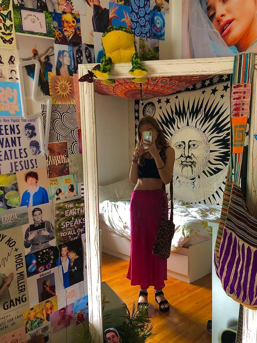 Alymichalsky On Insta In 2020 Hippy Room Aesthetic Room Decor Room Ideas Bedroom