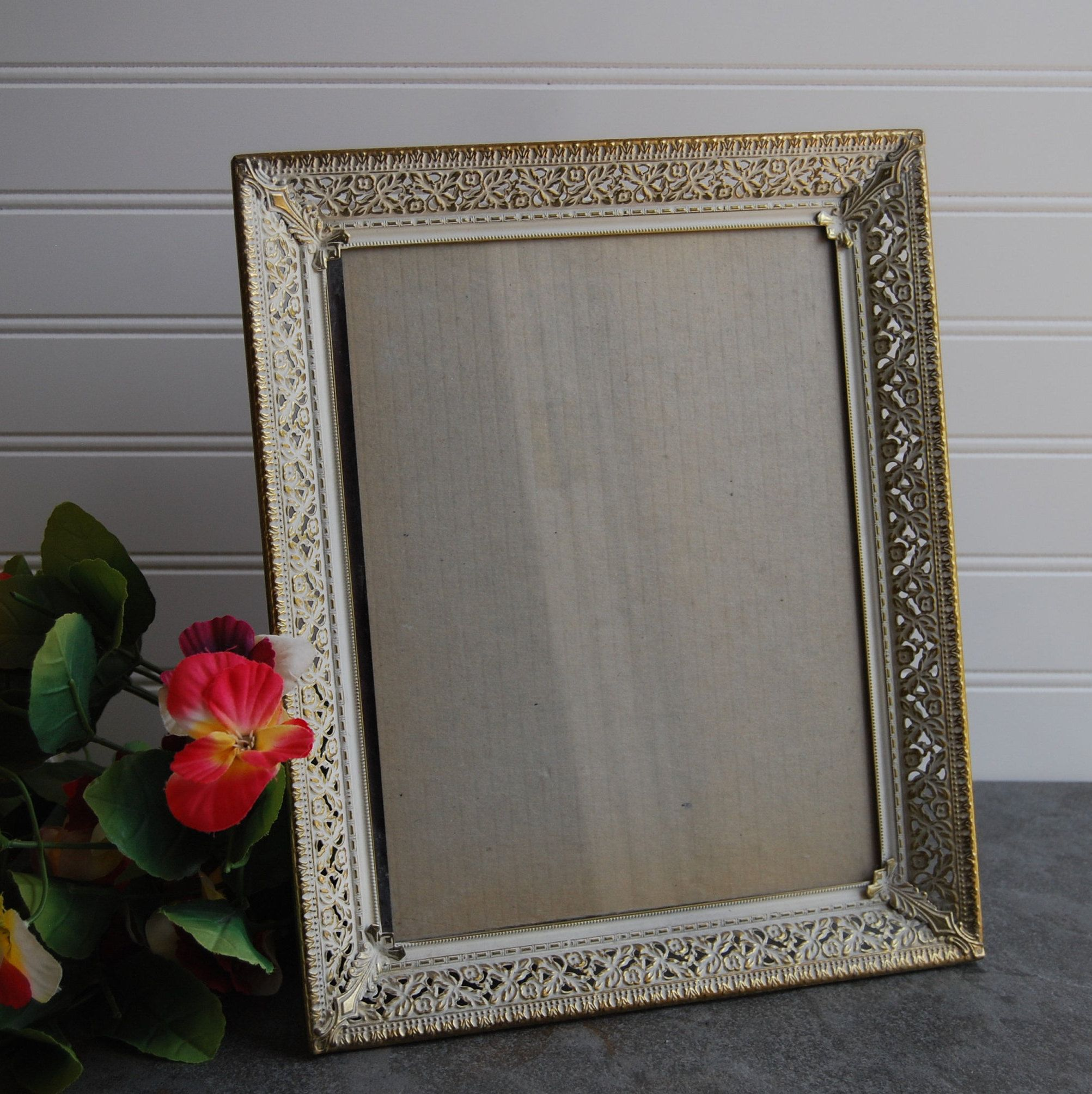 Antique Frame 8 X 10 Inches Standing Or Hanging Frame Beautiful