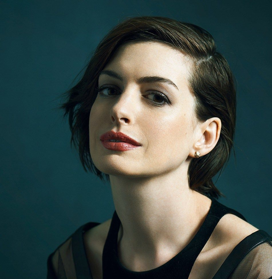 Anne hathaway upcoming movies she acted two New movies ...