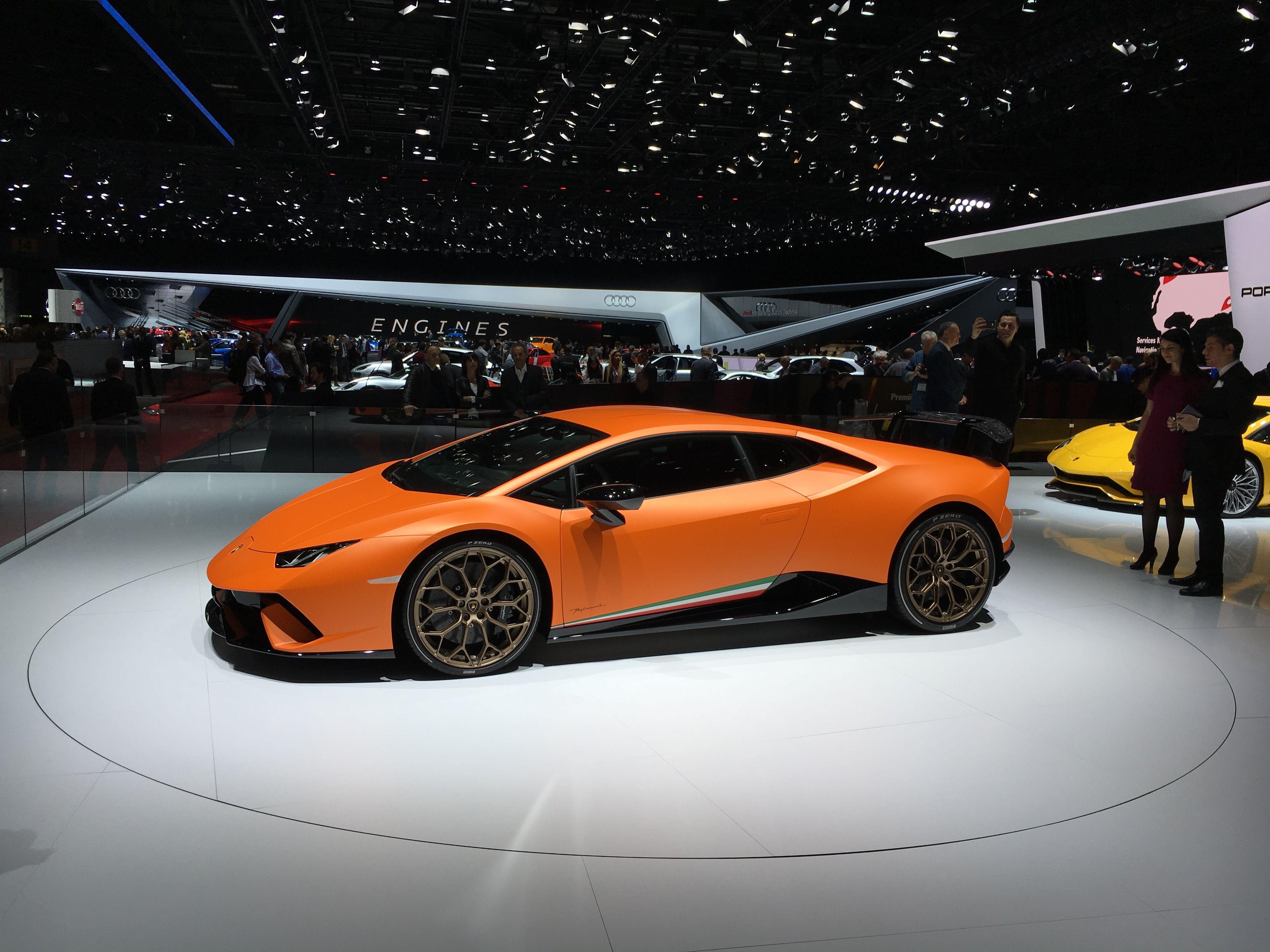 Salon De L Auto >> Lamborghini Huracan Performante Salon De L Auto A Geneve