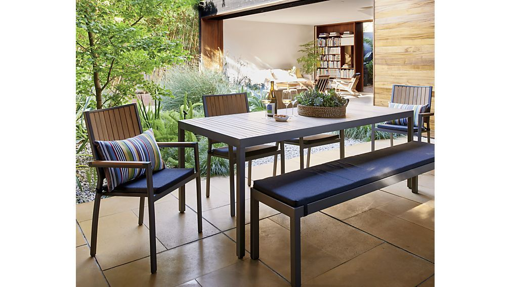 crate and barrel outdoor dining table