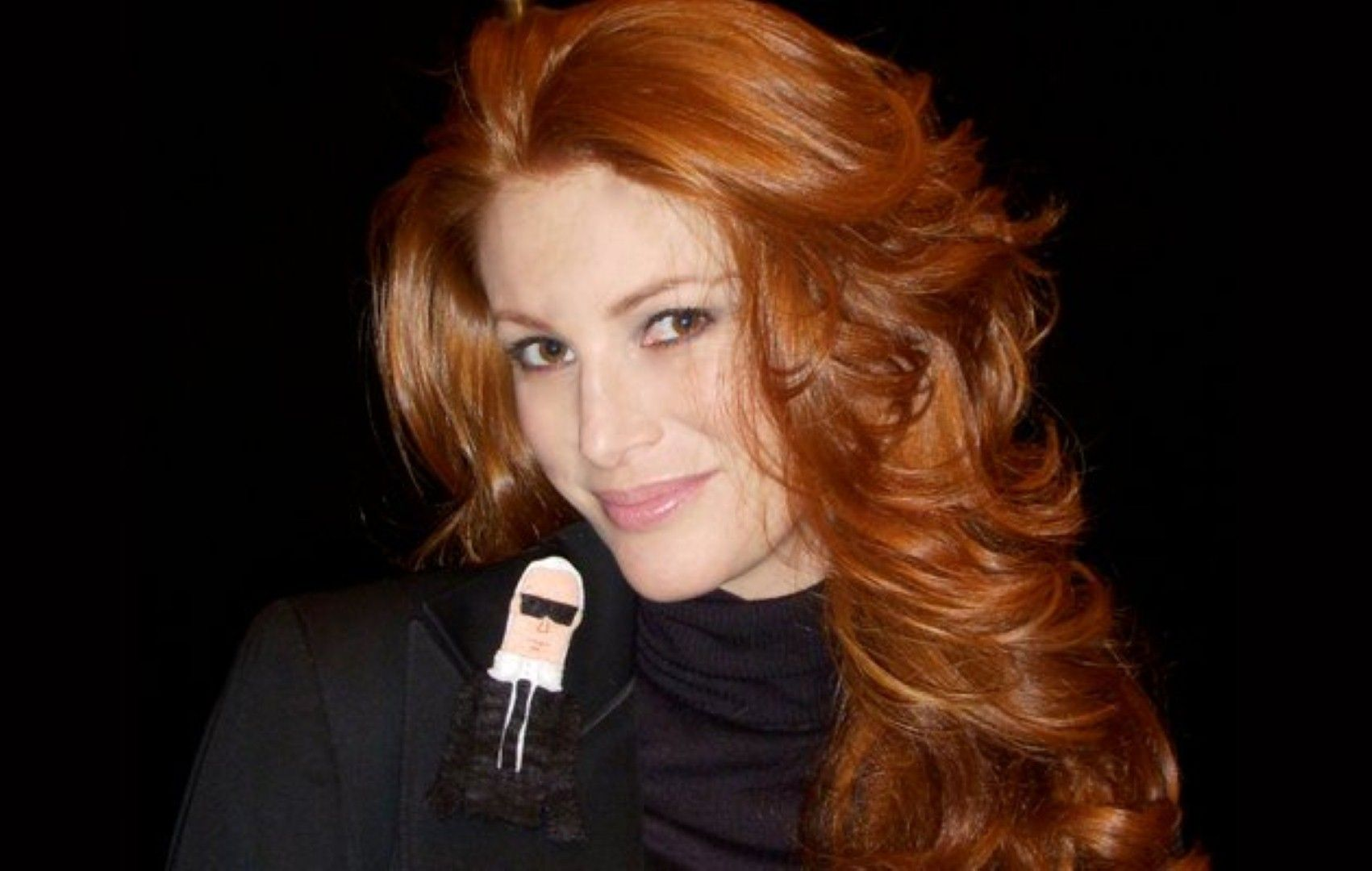 beautiful celebrity redhead: angie everhart | celeberity style