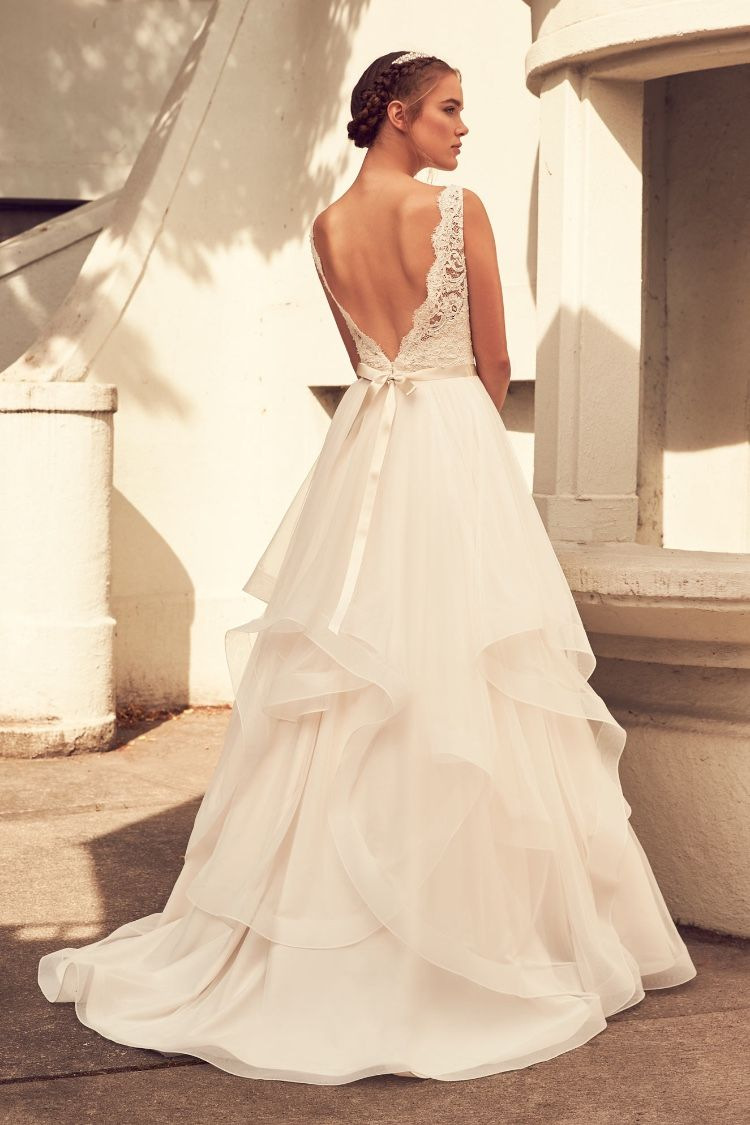 Gown 4354 Paloma Blanca Simple Wedding Gowns Paloma Blanca Wedding Dress Wedding Dresses With Flowers