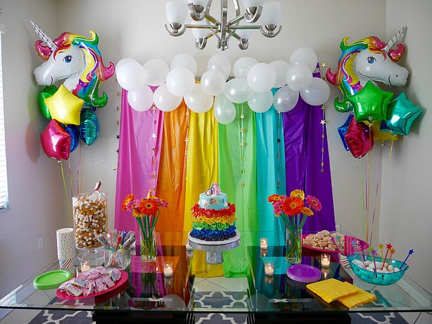 Rainbow and unicorn decor for child 39 s birthday party via for Decoration ideas 7th birthday party