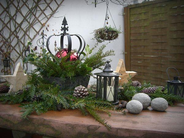 Dieses jahr habe ich drau en meinen gartentisch mit meiner - Gartentisch dekorieren ...