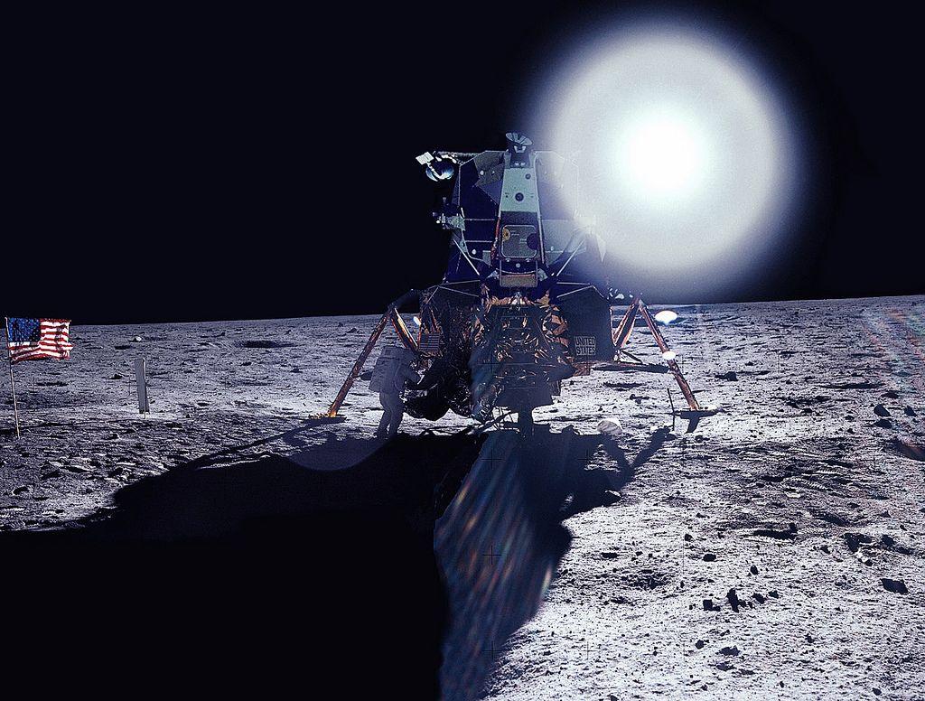 bf20d6f32d3054eb0b40e630410b70fb - How Long To Get To The Moon Apollo 11