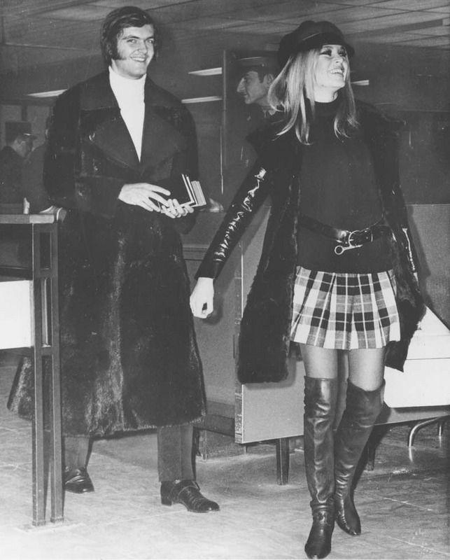 Brigitte Bardot - plaid mini