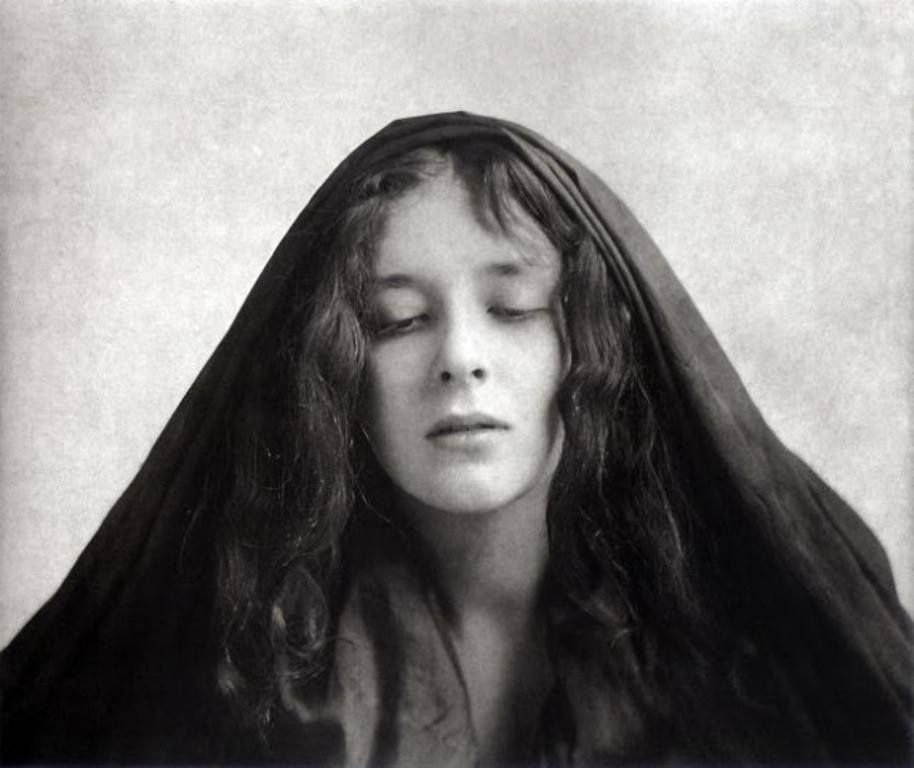 Mucha - A Cloaked Woman, ca. 1904