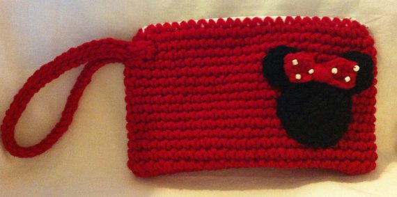 Minnie Mouse Wristlet Purse by Shannanagans13 on Etsy | حقائب ...