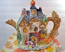 1993 Fitz and Floyd Omnibus Haunted House Teapot - #2057/30  new/ box halloween