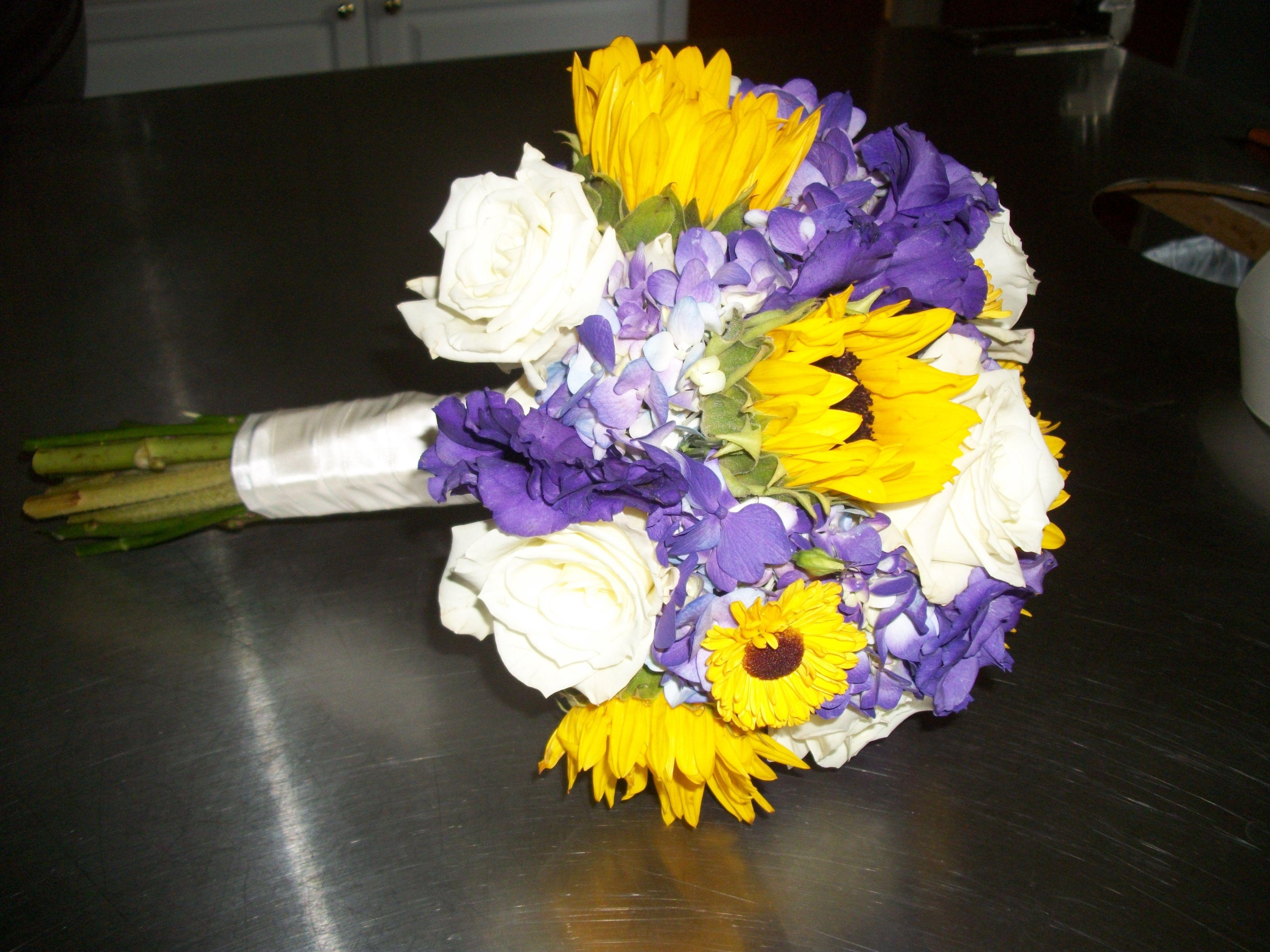 Bridesmaid bouquet - purple hydrangea, white roses, dark