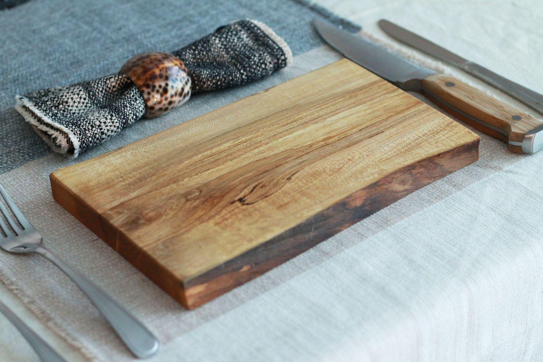 ensemble de 2 assiettes de service en bois rable sous plat co responsable planche. Black Bedroom Furniture Sets. Home Design Ideas