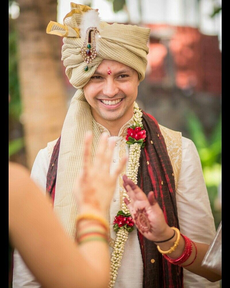 Pin By Midha On Tv Celebrities Wedding Indian