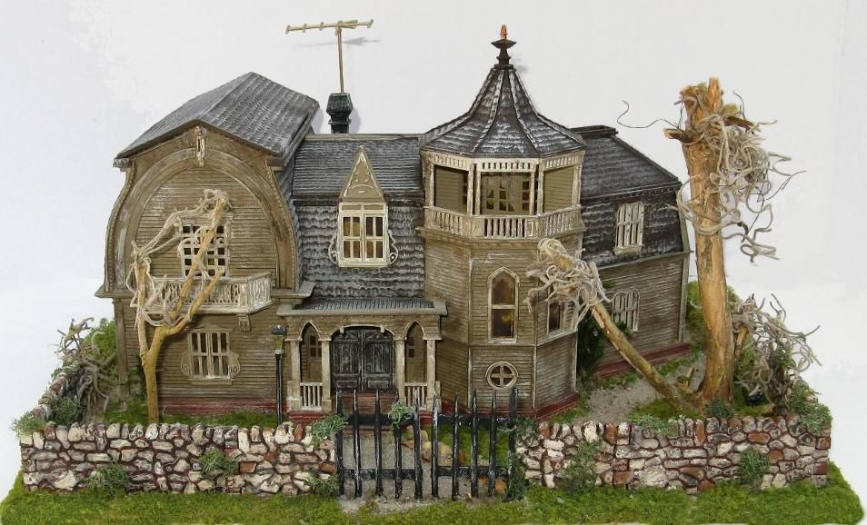 Munster's House Model Train Structures HO Scale | O Scale ...
