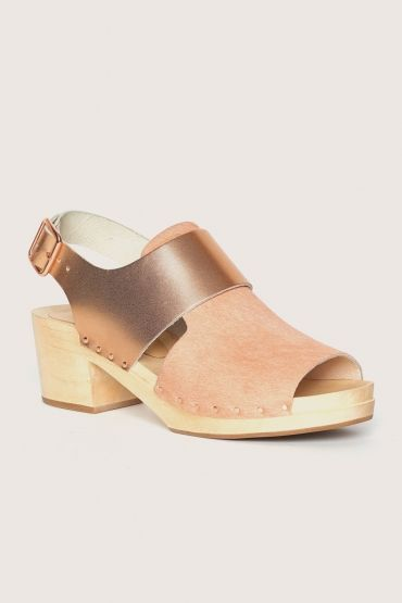 front_rose-gold | Clogs, Shoes, Outfit