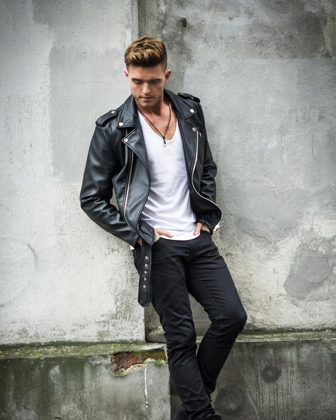 Rock N Roll Mood How Do You Like It Styleoftheday Menswear Mensfas Leather Jacket Men Style Leather Jacket Street Style Leather Jacket Outfit Men [ 1350 x 1080 Pixel ]