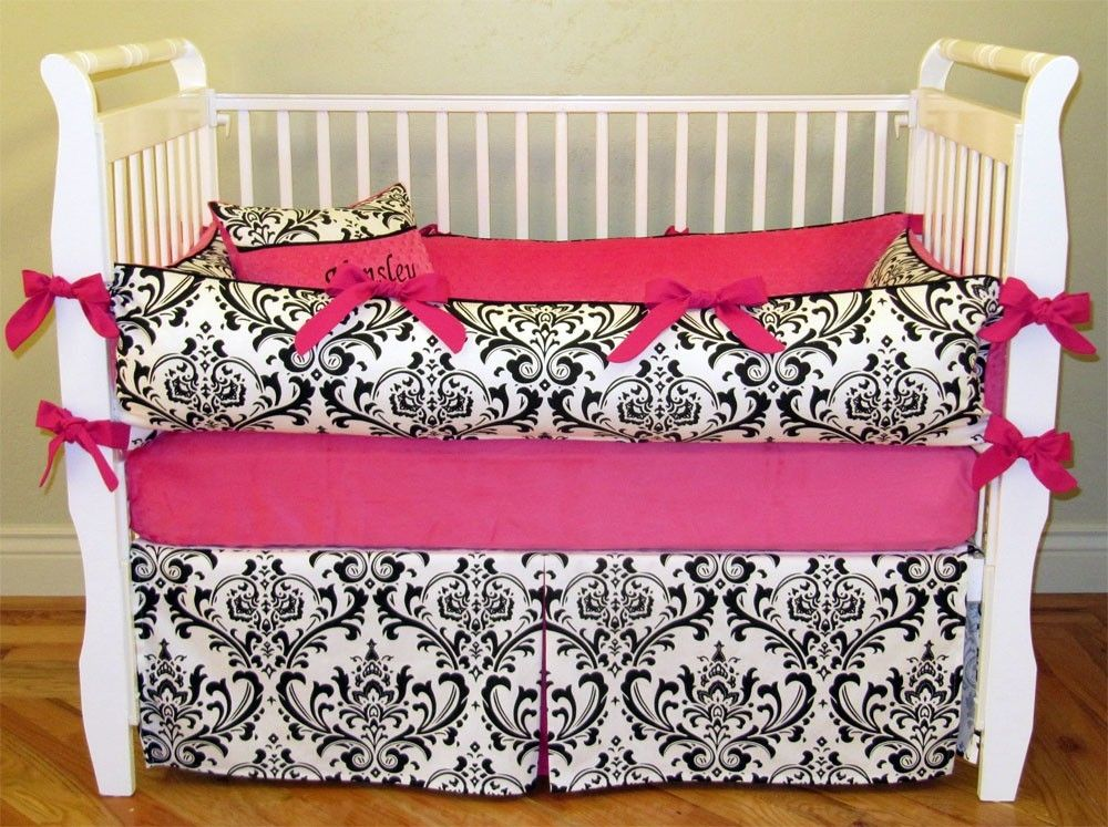 Clearance Emily 5 Piece Bedding Set Black And White Damask With
