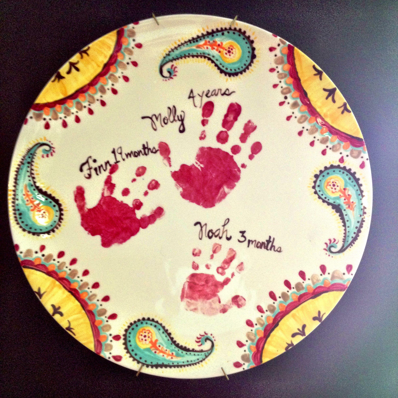 Handprint plate mother 39 s day footprints handprints for Handprint ceramic plate ideas
