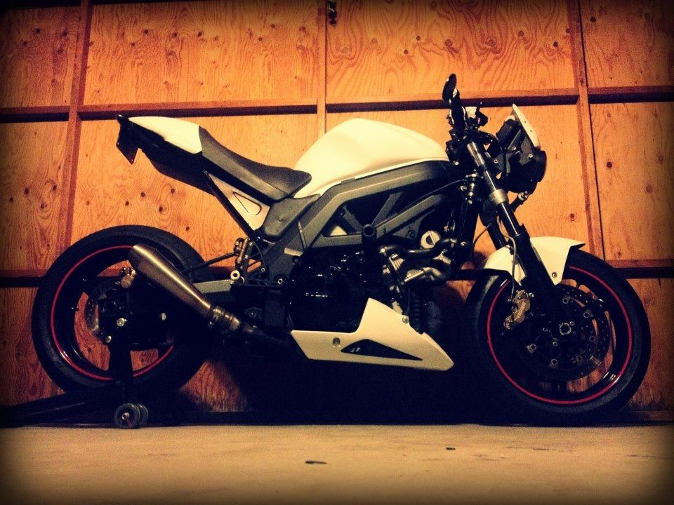 sv1000 with monster tail and subframe | cafe racer | pinterest