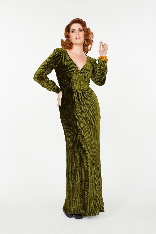 Voodoo Vixen Velvet Vintage Maxi Dress in Green  0abe0f4a2732e