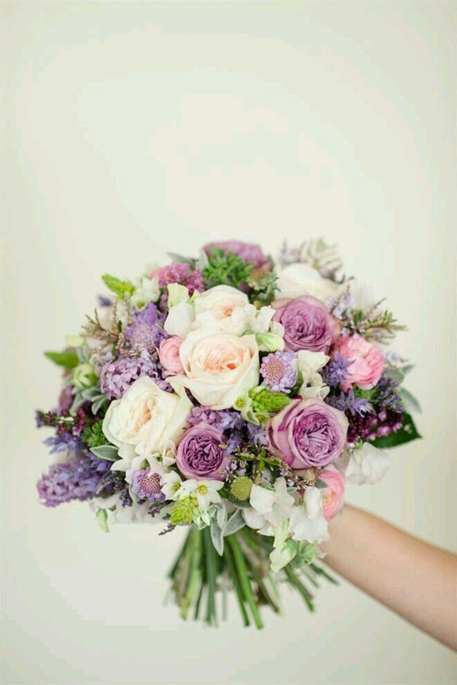 Pin By Helena Gomes On Blumen Braut Blumen Hochzeit Strauss