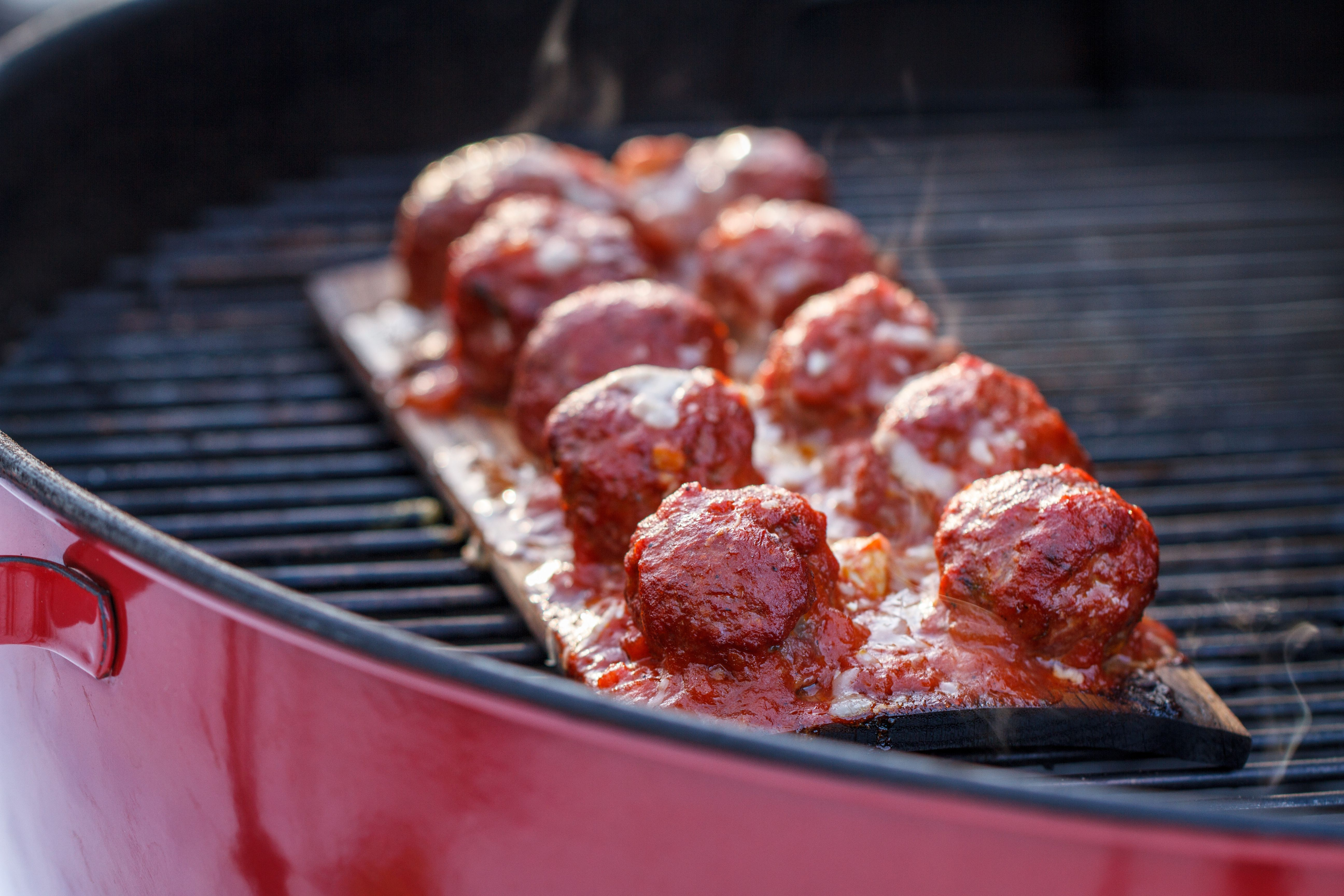 A New Way To Do Meatballs Cedar Planked Meatballs Grilling Inspiration Weber Grills Grilled Turkey Recipes Turkey Recipes Thanksgiving Foodie