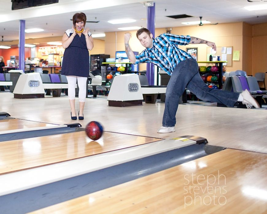 K S Bowling Alley Engagement Session Springfield Ma Bowling Bowling Pictures Bowling Alley