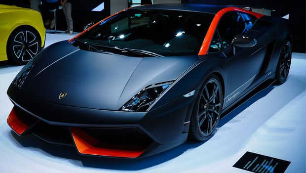 Gallardo Lp 570 4 Superleggera Edizionea A Top Speed Of 202 Miles